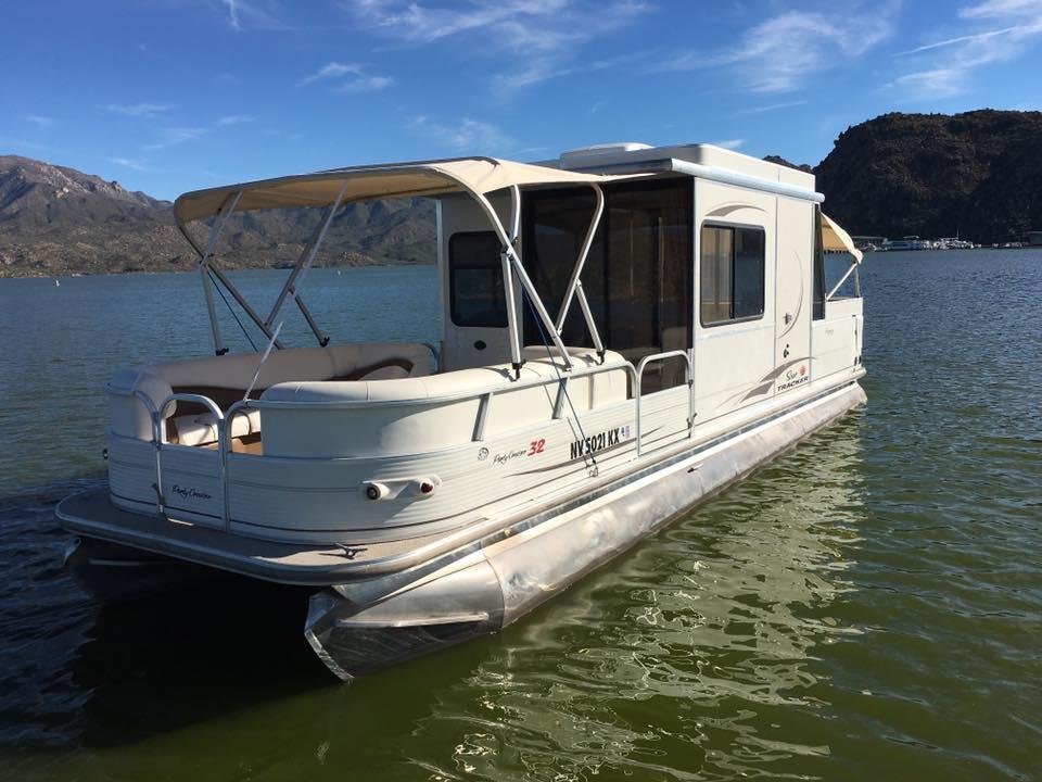 Boats Jettset Luxury Brokers Llc